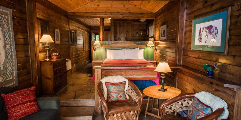 Sedona cabin the deckhouse a romantic treasure on oak creek for Cabin in sedona az