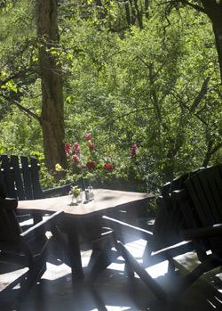 Creek Side Breakfast - Briar Patch Inn - Sedona Arizona - Cozy Cabins in Oak Creek Canyon
