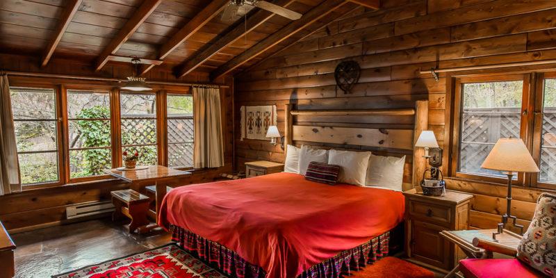 Sedona cabin in oak creek canyon the blue jay lovely and for Cabin in sedona az